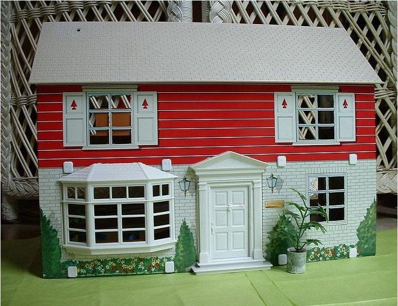 [tin+dollhouse+1.jpg]