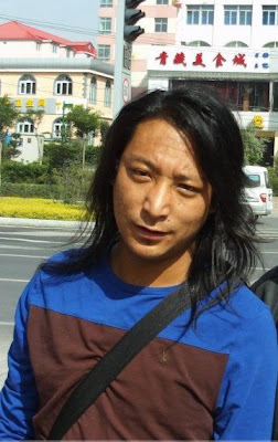 """Bad News"" – Tibetan Bloggers Report the Arrest of Writer Tashi Rabten"