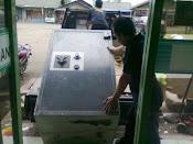 Pindahan brankas Surgent Safe berat ± 900 kg