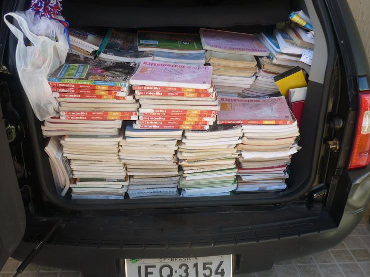 Mais doações de livros em Brasília para nossas comunidades ribeirinhas da Amazônia