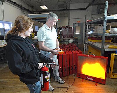 Extintores de Incêndio: Simulador de Uso do Extintor