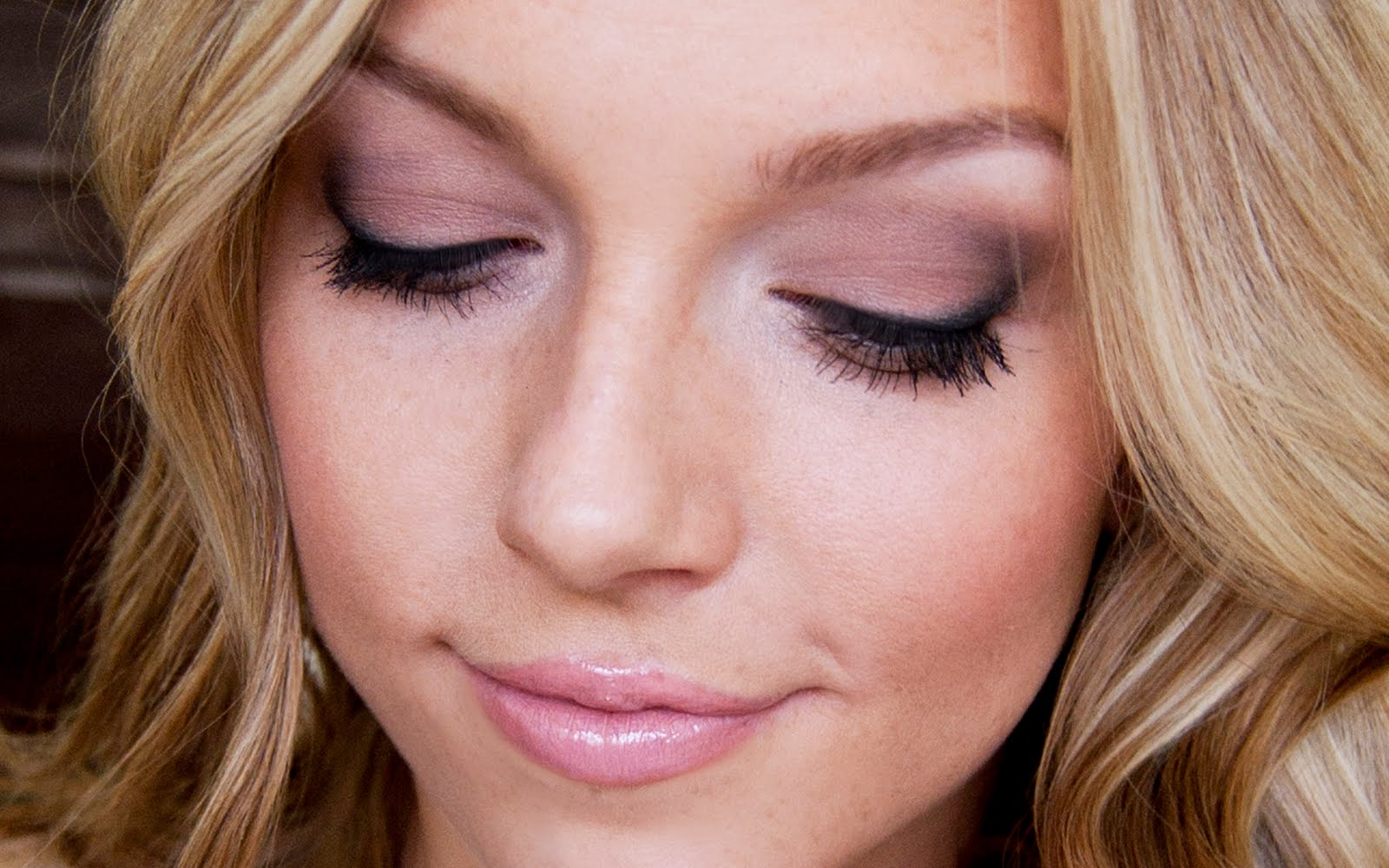 Makeup By Alli: Easy, Everyday - 183.2KB