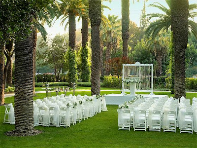 Garden Wedding Reception on Wedding Reception
