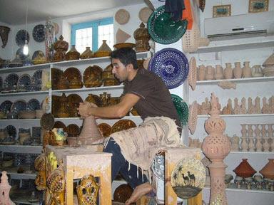 الصناعة التقليدية التونسية _57712_meo%D8%A7%D9%84%D8%B4%D8%B1%D9%82+%D8%A7%D9%84%D8%A7%D9%88%D8%B3%D8%B7