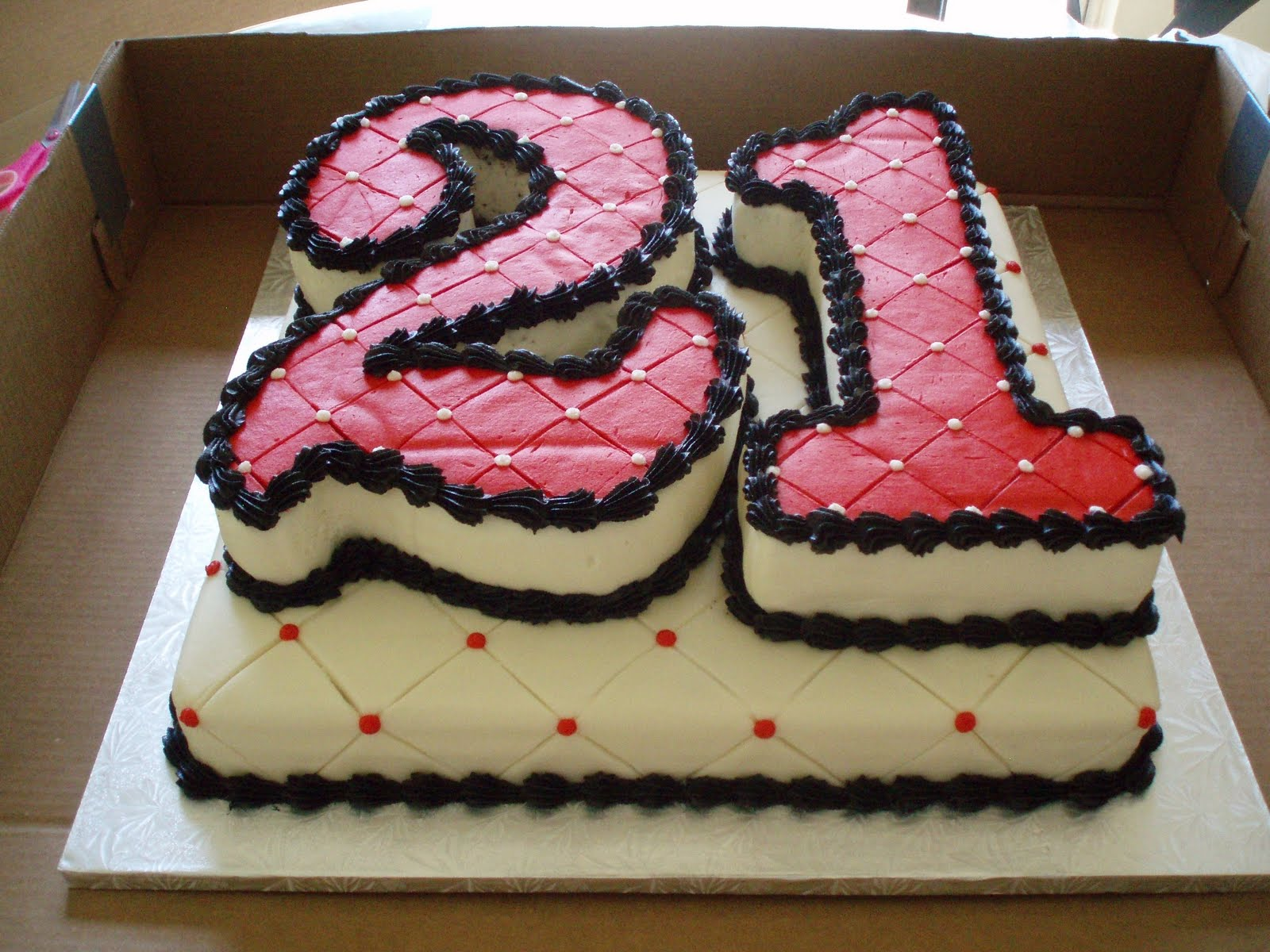 Cake Decorating Ideas For 21st Birthday : SAMANTHA S SWEET TREATS: 21st Birthday