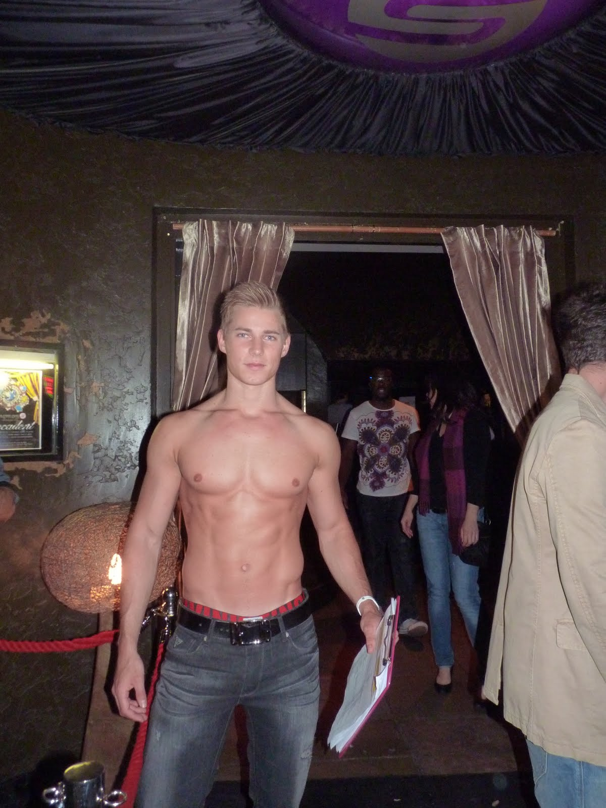 from Elliott gay london clubbing