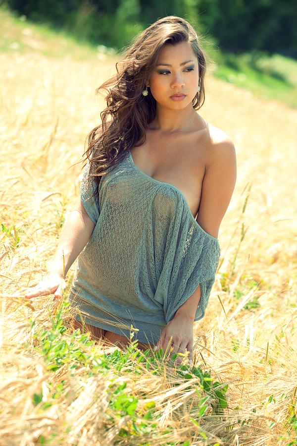 Hot Foto Sexy Jennifer Bachdim, Jennifer Jasmin,Jennifer Kurniawan