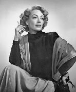 Joan Crawford, photo by Yousuf Karsh (Wikipedia)