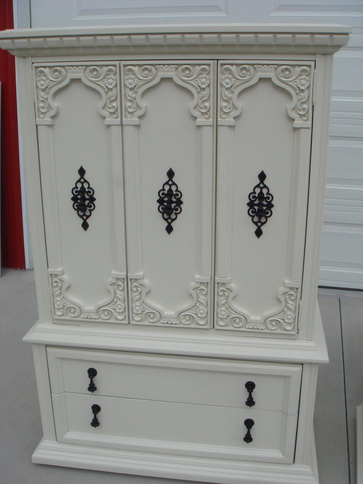 copperstar furniture cream ornate 7 piece bedroom set. Black Bedroom Furniture Sets. Home Design Ideas