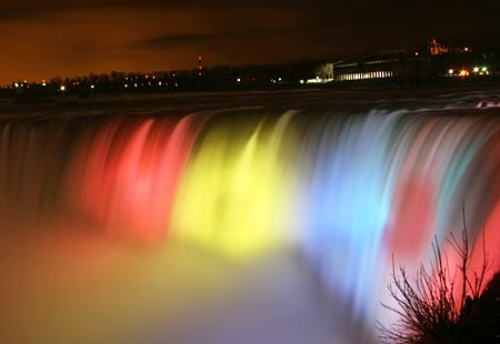 sparkling holiday lights niagara falls ontario canada