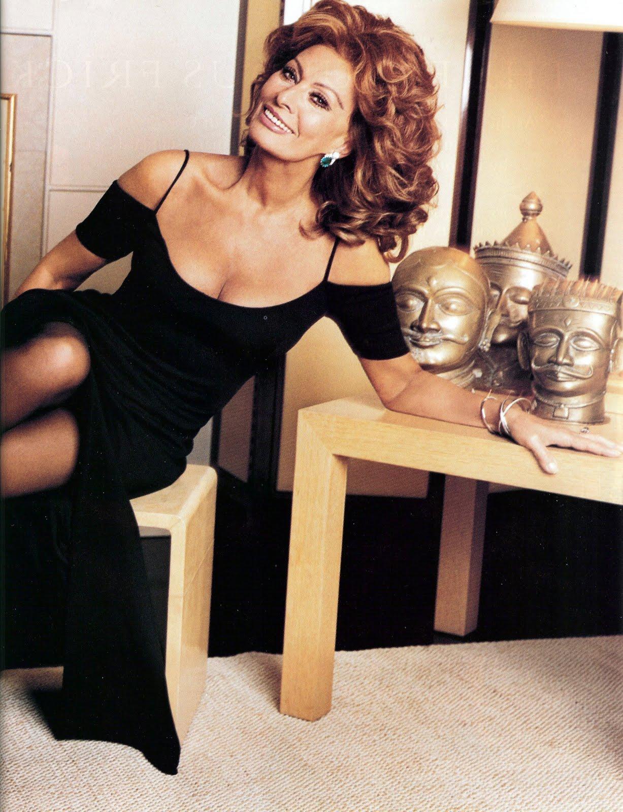 http://4.bp.blogspot.com/_SThhOm0qH5E/S-dmXPgu2GI/AAAAAAAABTU/SKNbqLb__CQ/s1600/Sophia+Loren+001.jpg