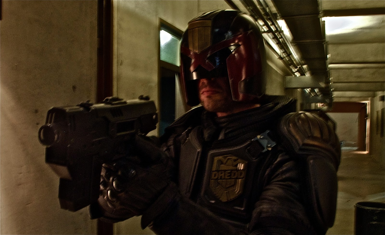 SCHEME 9: First Images of the new JUDGE DREDD movie.