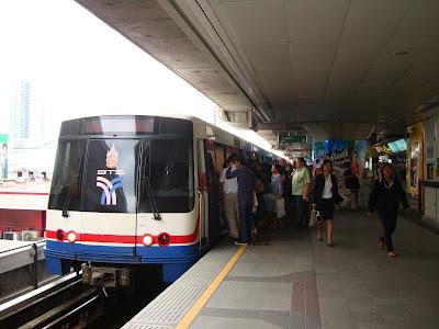 hrh princess maha chakri sirindhorn inaugurates skytrain extension
