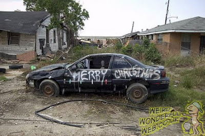 IMAGE: Car with Merry Christmas graffit