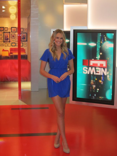 Ashlan Gorse is wearing Amanda Uprichard again on E News!