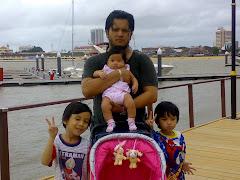 bapa dan anak-anaknya