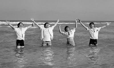 Beatles-Fab-Four-John-Lennon-Paul-McCartney-George-Harrison-Ringo-Starr-Pictures-Photos
