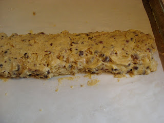 Bake for 20 to 25 minutes. Take the log out of the oven and let it ...