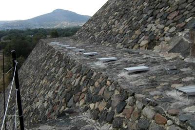 Teotihuacan en l nea teotihuacan suspenden proyecto luz Espectaculo de luz y sonido en teotihuacan
