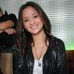 Full Name: Alexandra Arimbi Joanna