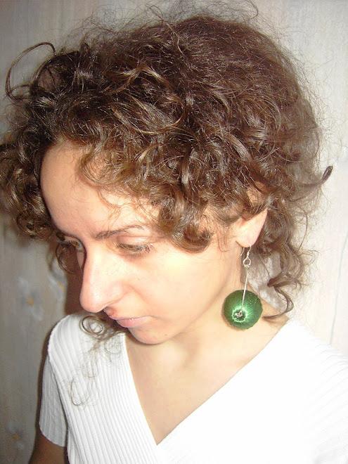 cercei sfera verde