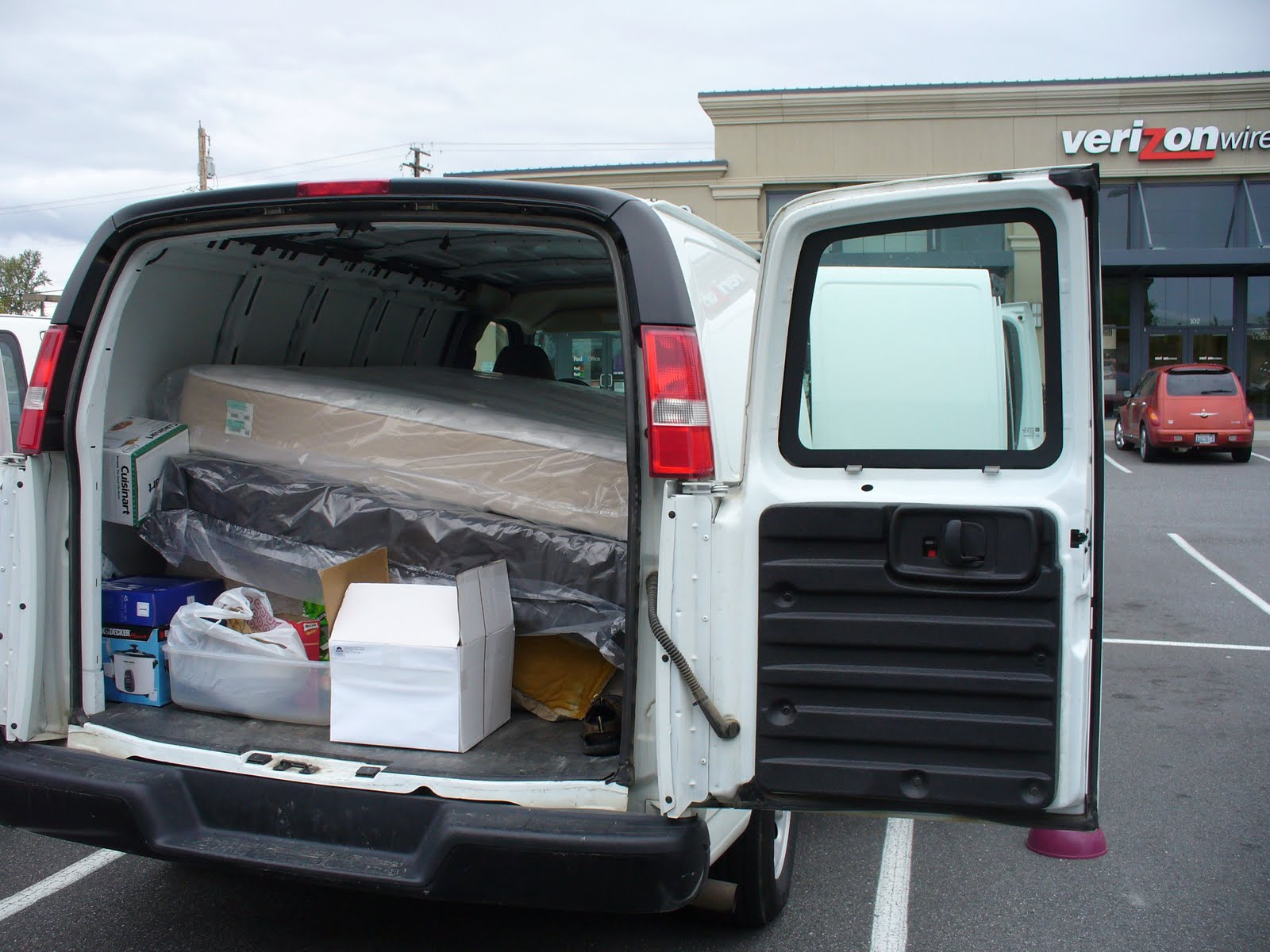 But About 90 Minutes Later We Were Out The Door Cramming A Brand New Mattress Set Into Cargo Van