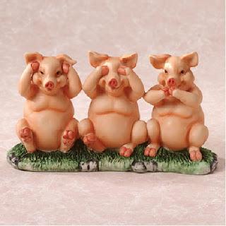 Cerdos con complejo de monos