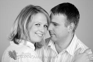mustvalge romantiline portree mees ja naine