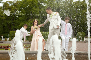 lõbus pulmafoto kadriorus