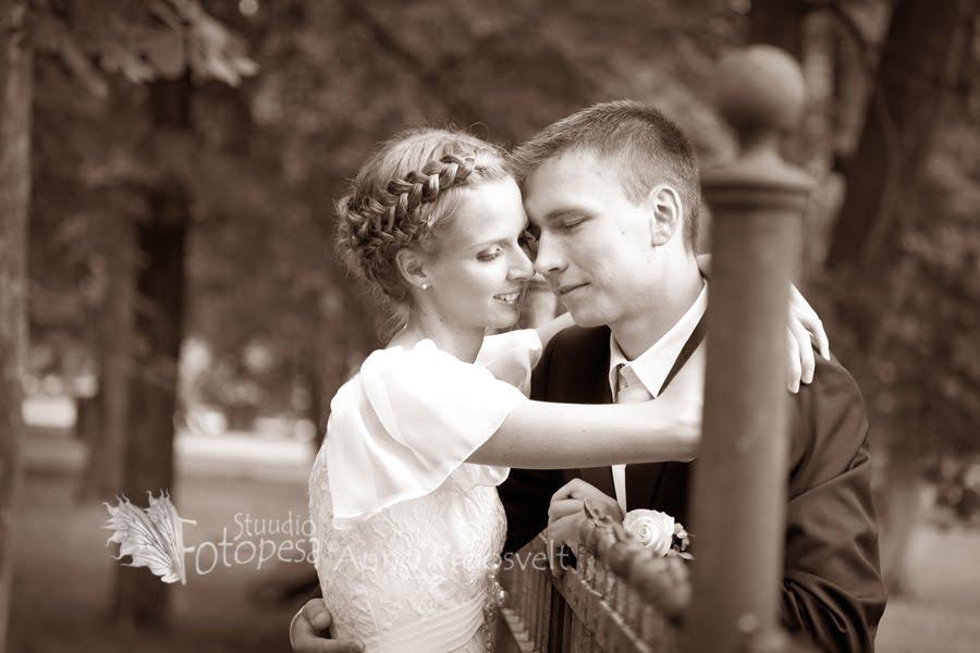 pulmafoto pruutpaarist, sepia