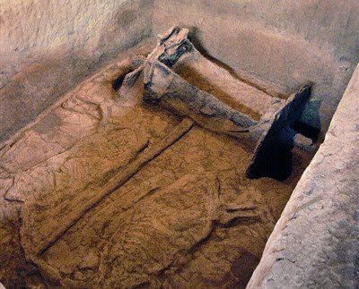 Chess, Goddess and Everything: Ancient Chariot Burial in China