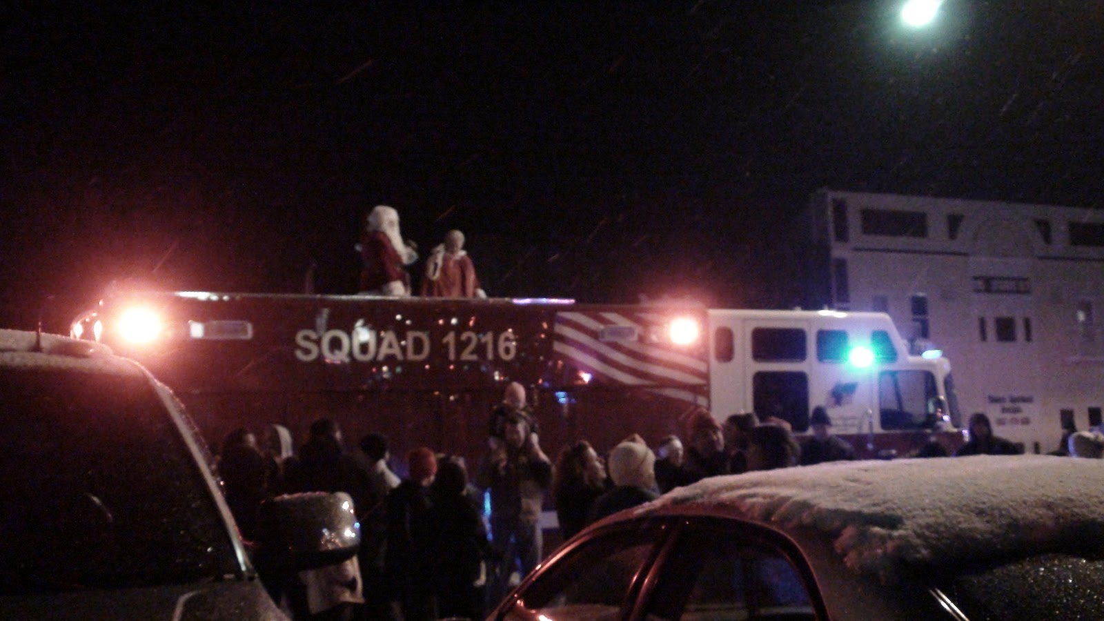 Illinois will county manhattan - Christmas Tree Lighting In Downtonwn Manhattan Illinois Santa And Mrs Clause Greeted Everyone From The Back Of The Firetruck