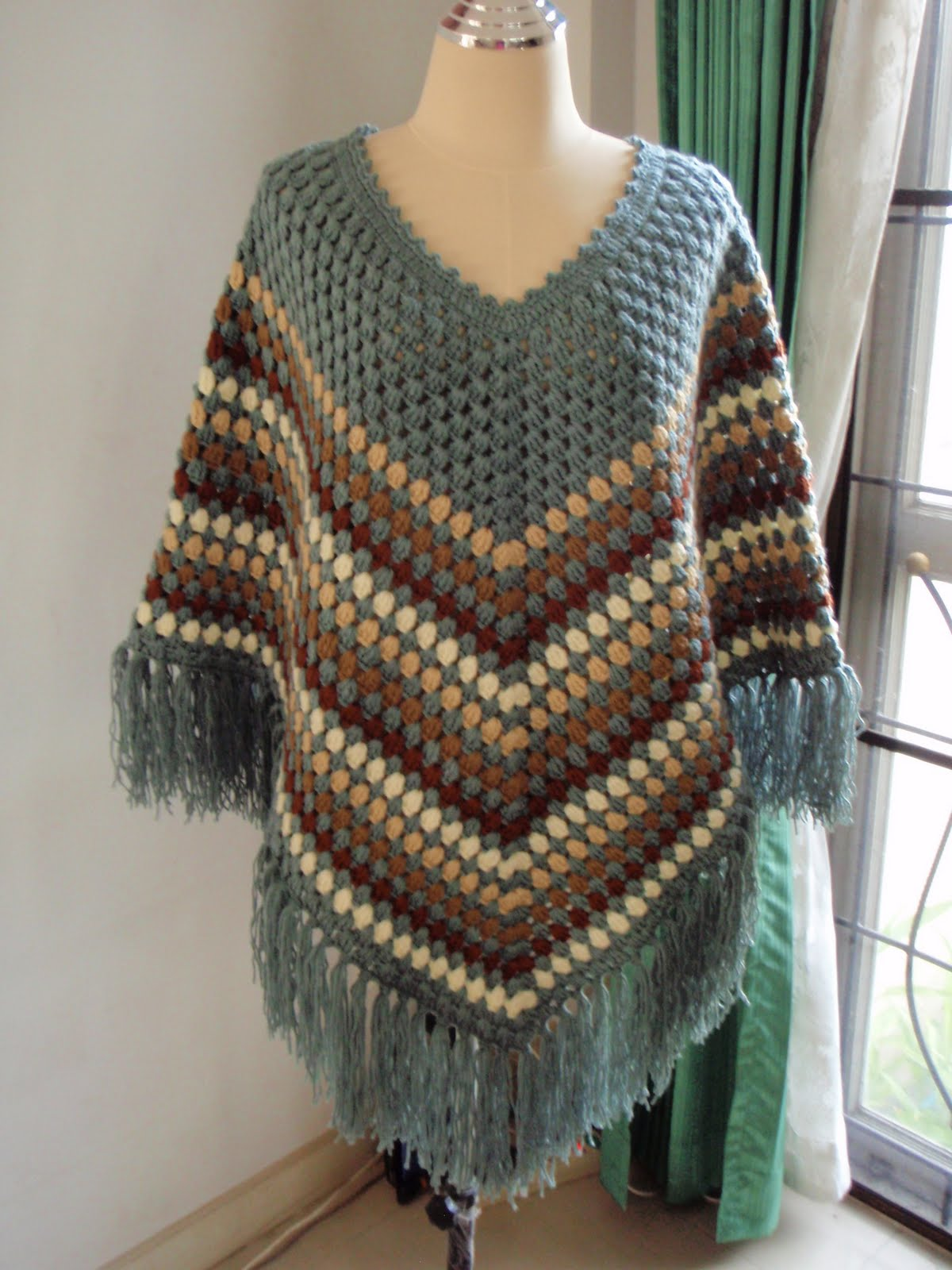 Crocheting Ponchos : Myknittingdaily: Crochet Poncho Grey