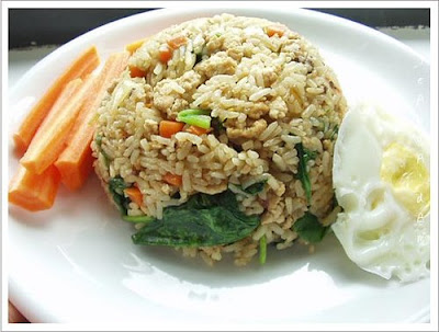 PRAWN AND HOLY BASIL FRIED RICE