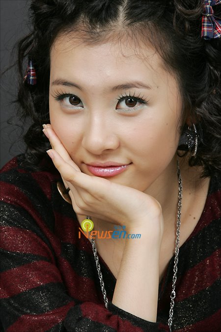 Korean Idol Singer Sun Mi Photos