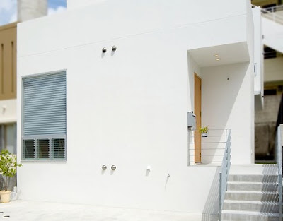 Interior Design: Japanese Minimalist Townhouse Design by Ikuyo Nakama