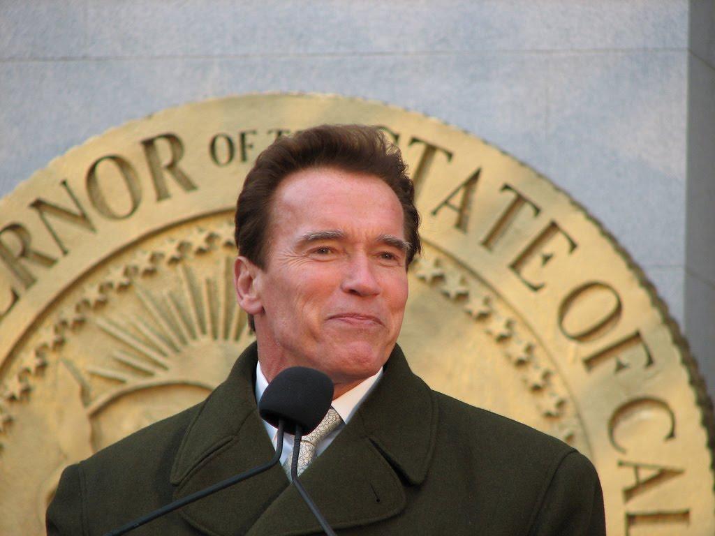 http://4.bp.blogspot.com/_SdWb7pa_l5c/TSQIh2Nan1I/AAAAAAAAH3c/s5CxGBCedVM/s1600/Arnold_Schwarzenegger_3.jpg