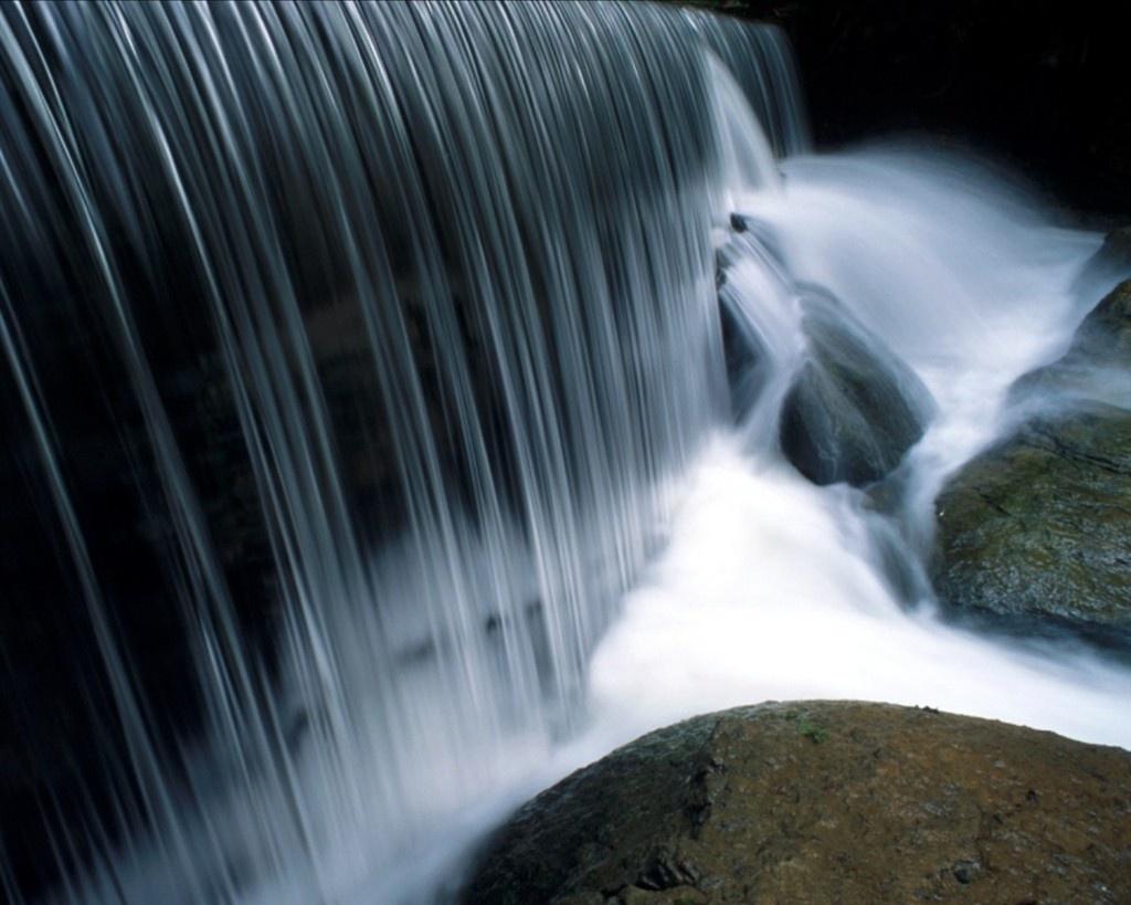 http://4.bp.blogspot.com/_Sec9zUTYfk8/SwuG7Rr9qaI/AAAAAAAAAC4/jZMVVvu_XKE/S1600-R/Natural-Wallpaper-1b.jpg