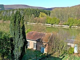 Een huis kopen in frankrijk groot huis te koop in de for Huizen te koop ardennen