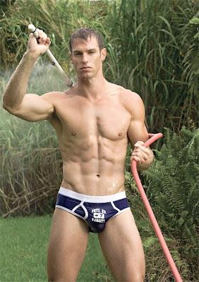 Hot Man Levi Poulter