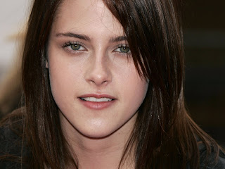 Free non-watermarked wallpapers of Kristen Stewart at Fullwalls.blogspot.com