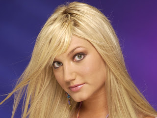Free wallpapers without watermarks of Brooke Hogan at Fullwalls.blogspot.com