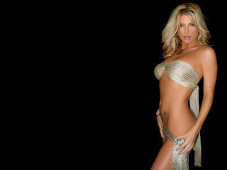 Free wallpapers without watermarks of Brande Roderick at Fullwalls.blogspot.com