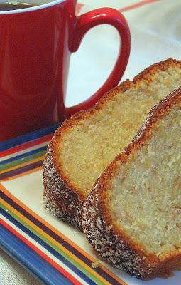 recipe: banana sour cream pound cake [8]