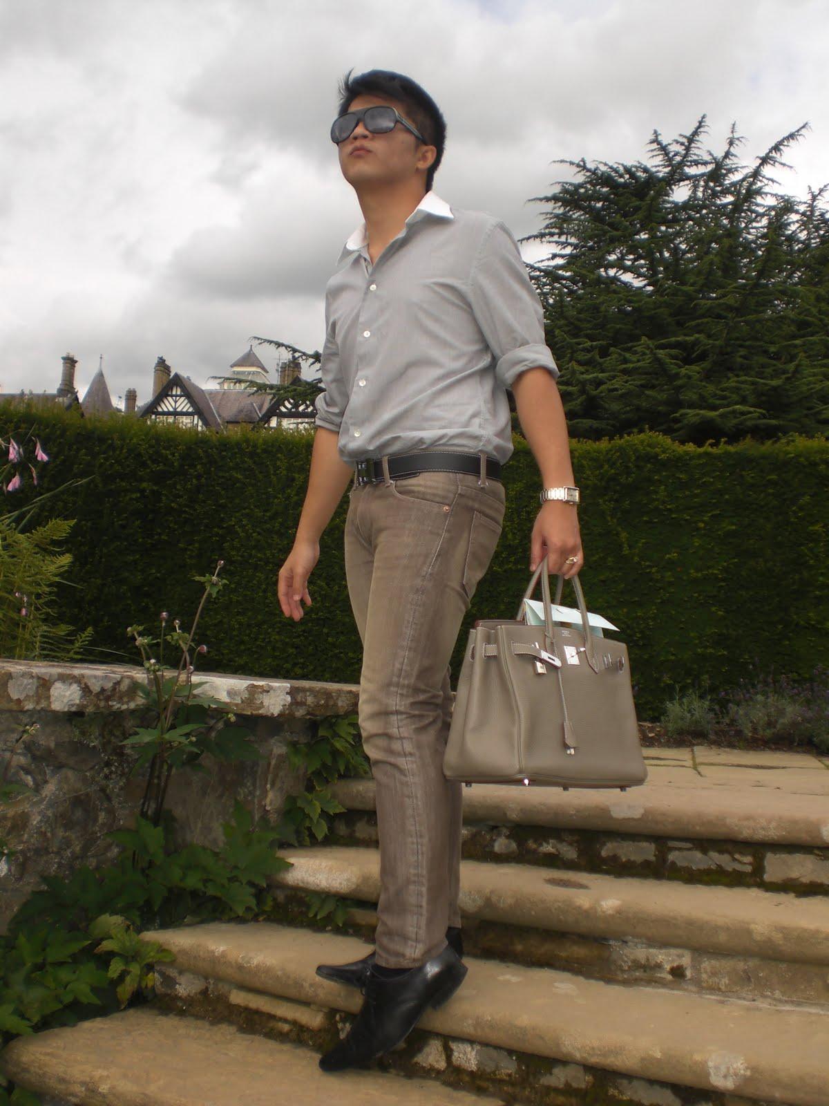 http://4.bp.blogspot.com/_Skemce9ZP0Q/TFSUsNlF0hI/AAAAAAAAC3Q/TA-Pwqo4cwU/s1600/Hermes%2BBirkin.JPG