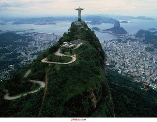 http://4.bp.blogspot.com/_SmDxfp_0qPo/TRt5Jeg90XI/AAAAAAAAAJQ/yNYN3ZeVaW8/s400/RIO+DE+JANEIRO+-+CORCOVADO.jpg