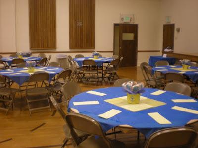 Blue and Gold Banquet Centerpieces