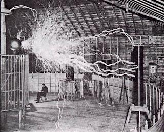 Tesla en su taller de Colorado