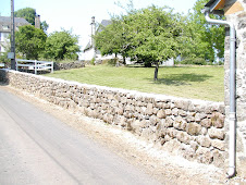 réfection de muret en pierres du pays