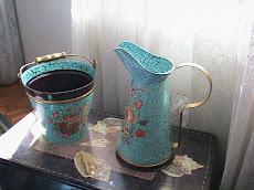 jarro e balde decorados